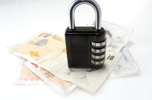 Срби због кредита заложили 33 милијарде евра вредну имовину 5