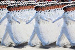 Морнарица НР Кине отпочела маневре у Тихом океану