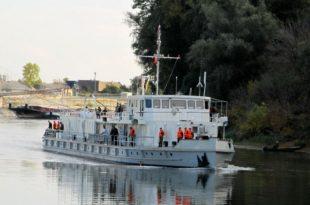 """Након ремонта командни брод речне флотиле """"Козара"""" испловио из апатинског бродоградилишта"""