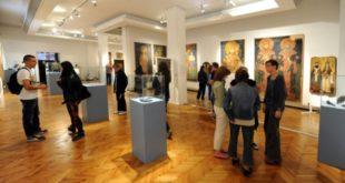 Мирослављево јеванђеље изложено у Народном музеју 6