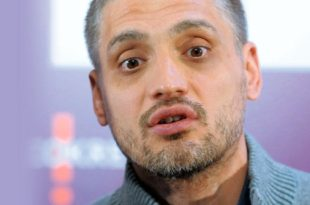 Сад се и Чедомиру Јовановићу привиђају украјински и босански сценарио јер му је вероватно баш као и Вучићу савест мирна