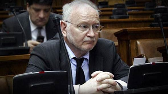 Демократија: Партија Жарка Кораћа нема чланство ни гласаче али је већ 20 година у парламенту Србије и на грбачи народа