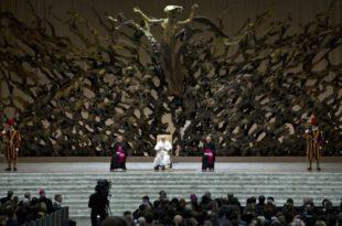 """Интервју са Олгом Четвериковом, аутором књиге """"Издаја у Ватикану или папска завера против хришћанства"""""""