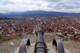 Први састанак косовске и албанске владе у Призрену