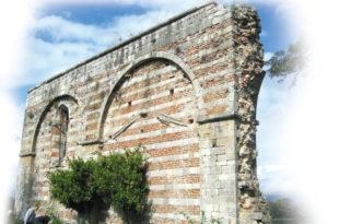 Како су шиптари од српских цркава правили складишта