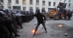 """Зашто је """"ратно стање"""" у Кијеву за ЕУ нормално изражавање мишљења? 1"""