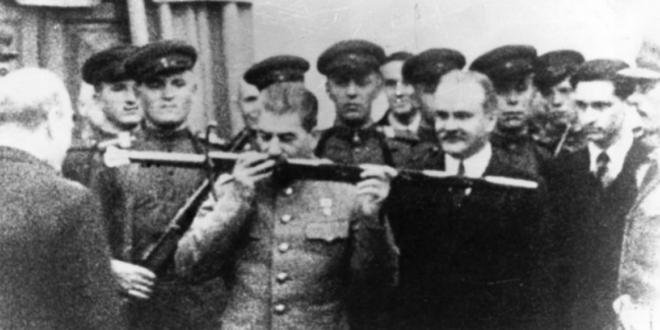 На данашњи дан: Совјетска војска победила у Стаљинградској бици (видео)