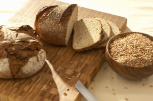 СА ЧИМЕ НАС ХРАНЕ? – Једемо сурогат хлеб, оно што вреди једе стока