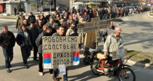 Гладни радници Краљева прете блокадом локалне скупштине