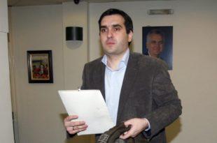 Одакле вам лова фрајери? Син Томислава Николића у џипу од 200.000 евра по Крагујевцу за Вучића купује одборнике