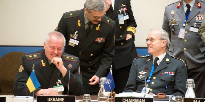 ЕКСКЛУЗИВНО! Јанукович сменио начелника генералштаба, украјинска војска учествује у предстојећој анти-терористичкој операцији! 1