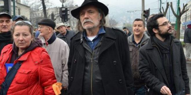 ДВОРСКА ЛУДА! Раде Шербеџија на челу протеста у Сарајеву који траже укидање Републике Српске!