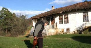 Сеоска жена је потпуно заборављена и занемарена у српском друштву