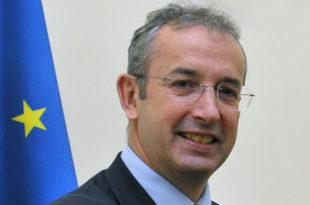 Уставобранитељ Давенпорт: Србија да схвати озбиљност кризе у Украјини