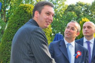 Једини посао који заједно са твојим ЕУ партнерима успешно обављаш Вучићу је комадање Србије!