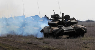 ПРПА! Кијевска ЕУ-нацистичка хунта обуставила операције против Руса пошто се на граници појавила руска војска! 9
