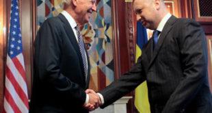 Збогом Женево! Турчинов наредио наставак антитерористичке операције на истоку Украјине одмах после посете Бајдена 5
