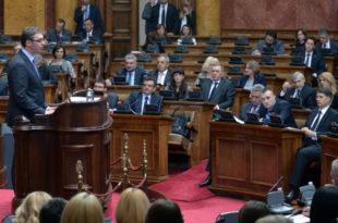 Вучићев експозе - три сата ничега, Србија ће наставити да пропада