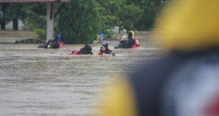 Погледајте акцију евакуације и спасавања коју изводе професионалци Црвеног крста Србије! (фото галерија) 4