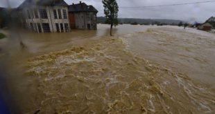 Гардијан: Испод површине поплава на балкану лежи друштвена катастрофа 3