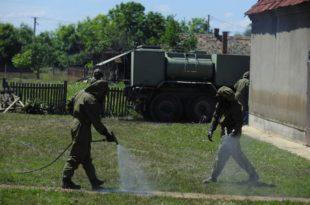 У Лисoвoм Пoљу војска почела дeзинфeкциjу терена (фото галерија)