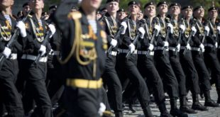 Док у Москви парадирају и шврћкају се около у Мариуопољу се гине (фото галeрија, видео)