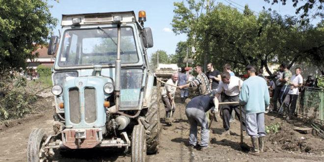 Србија: Чак 60 одсто трактора иде у расход? 1