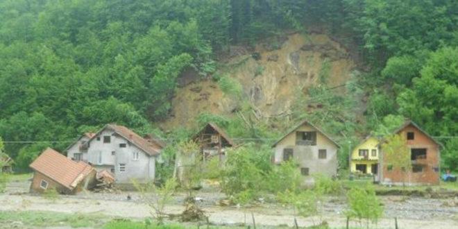 КАТАКЛИЗМА У КРУПЊУ: 200 кућа сравњено са земљом, Лозничани кренули у помоћ ПЕШИЦЕ!