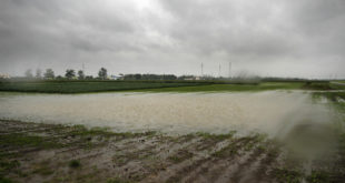 Ако је Бог крив за поплаве засто плаћамо паре за одводњавање водопривреди? (видео) 7