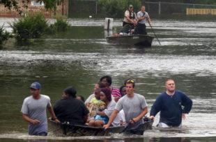 Хаос у САД: Поплављени Бостон, Њу Јорк