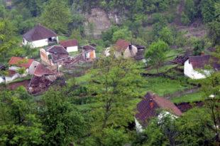 Нестајање Србије: Како лоша политика једе државу: најкраћи пут до уништења, изумирањем села и уништавањем аграра