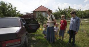Славјанск: Кијевска ЕУ-наци хунта бомбардовала дечју болницу, жене и деца беже из града 2