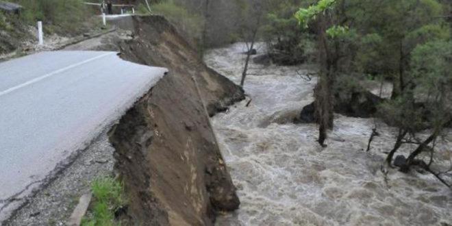 Највеће поплаве у задњих 120 година, Горњи Милановац, Ваљево, Бајина Башта одсечени од света 1