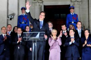 Вучић и његови министри урушили све институције у држави, последњи је тренутак да дају оставке