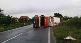 Србија на удару торнада који чупају дрвеће, руше далеководе, уништавају села и преврћу камионе