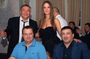 Мића Мегатренд: Оставку подносим јер Вучић и Дачић сумњају у мој докторат (видео) 8