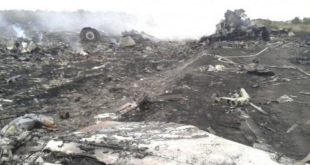 Диспечер Боинга 777: Кијевске власти су исувише брзо јавиле о несрећи 10