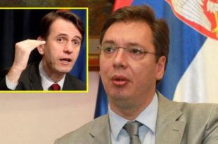 Доста је било: Вучић уништава Србију!