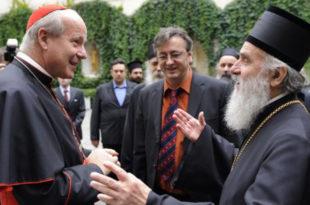 Док се патријарх Иринеј спрема за Ватикан, кува се побуна владика подржаних од Москве!