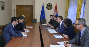 КАТАСТРОФА: После састанка са ММФ-ом Вучић мора да смањи пензије и плате уместо најављених 10% до чак 25% 1