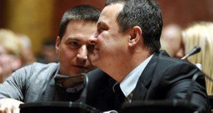 """Теби Ружићу само да звекне на сто досије """"Галеника"""" има бре заједно са Дачићем да певаш Миљацку на увце! 8"""