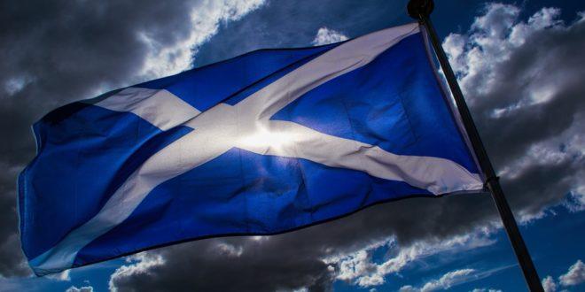 САЛМОНД: Неизбежан је нови референдум о независности Шкотске