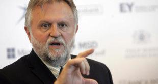 Вујовић: Прво смањивање плата и пензија од новембра 3