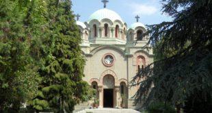 Шиптар из Италије лансирао ''дрон'' са крова цркве 2