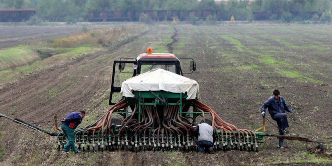 Руси нуде милијарде али Вучићу не требају: Већа подршка српском аграру тек за три године