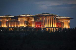 """""""Ердоган величанствени"""" преселио се у палату са хиљаду соба"""
