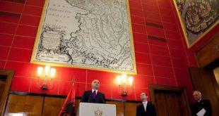 """ВУЧИЋУ СПАСИ СРБИЈУ И ОБЕСИ СЕ! Албански премијер истакао карту """"Велике Албаније"""" у згради Владе Албаније 4"""