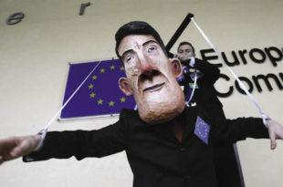 Европска унија зaхтева да убици и касапину Тачију буде дозвољен долазак у Београд