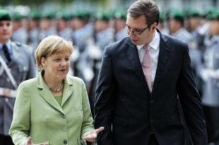 Вучићу, иди подржи и Меркелову, молимо те!