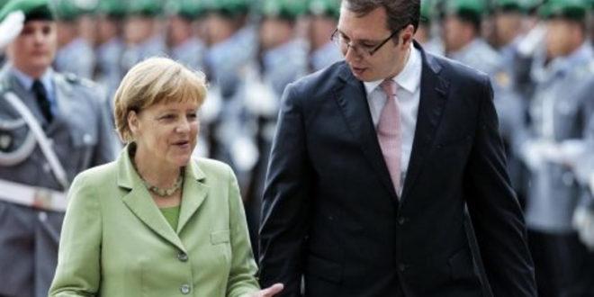 Мигранти су роба на којој су згрнули новаца Меркелова и Вучић: Ангела их звала, Александар насељава